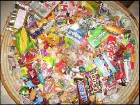 تفسير حلم اكل الحلويات للعزباء عند ابن سيرين وللمراة المتزوجة والحامل